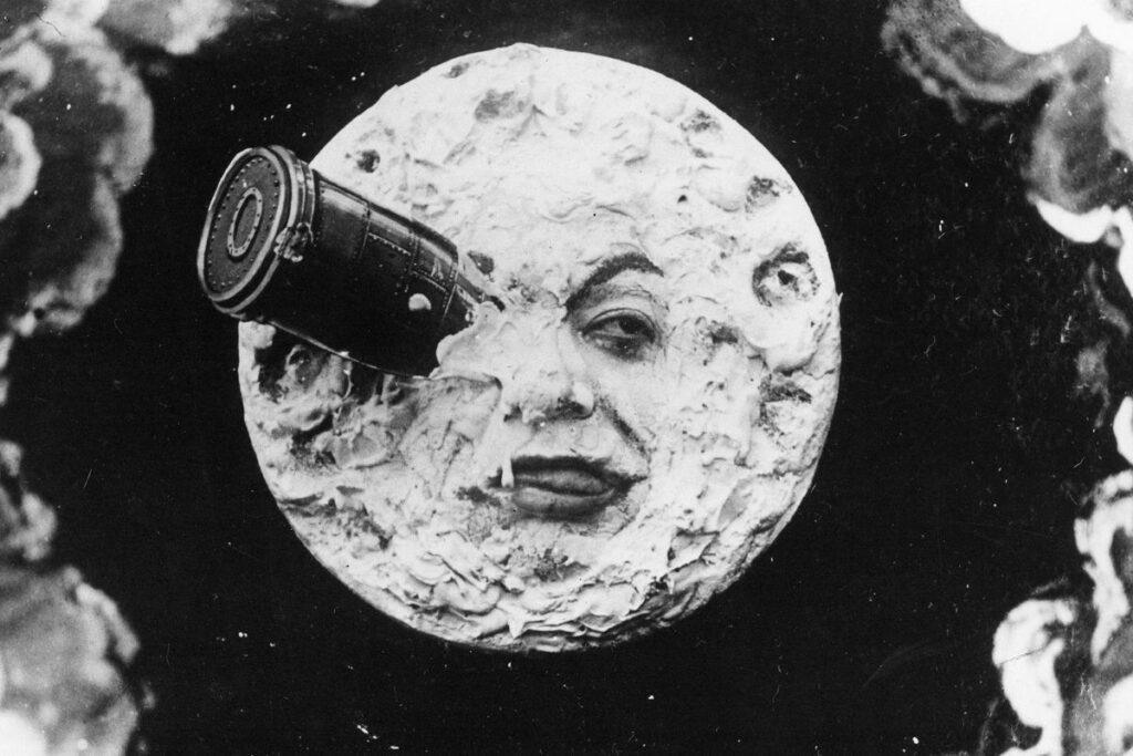 فیلم سفر به ماه محصول سال 1902